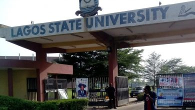 Photo of Lasu students allegedly dies while reading for his exam