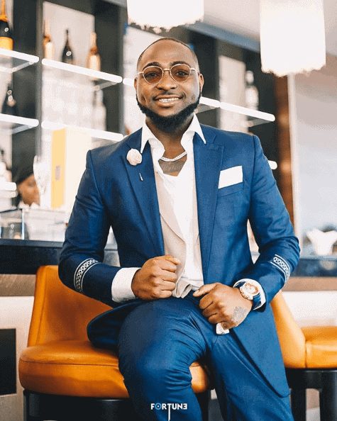 Photo of Davido wanted in Gambia for brutalizing photographer