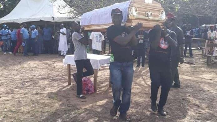 Photo of 13-year-old Ochanya buried in Benue amidst tears