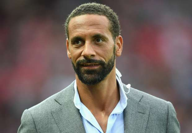Photo of Ferdinand slams Mourinho over comment on Man United players