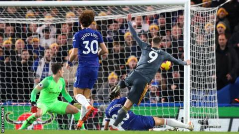 Photo of EPL: Vardy scores as Leicester shock Chelsea at Stamford Bridge