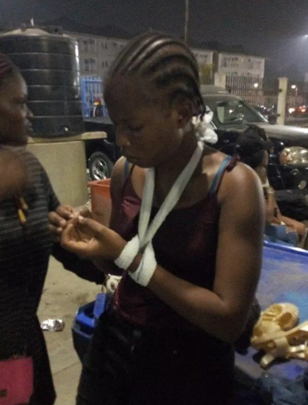 Photo of Davido ignores lady who got robbed and sexually harrassed at his Eko Atlantic City concert