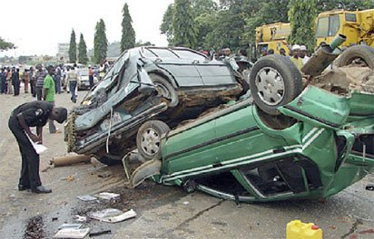 Photo of Accident wipes off mother and child on Lagos/Ibadan Expressway