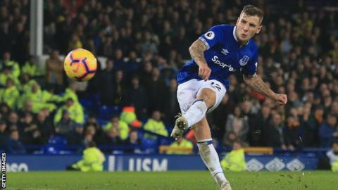 Photo of EPL: Lucas Digne rescues Everton from defeat against Watford