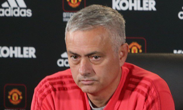Photo of Mourinho names 3 United players to miss out against Arsenal