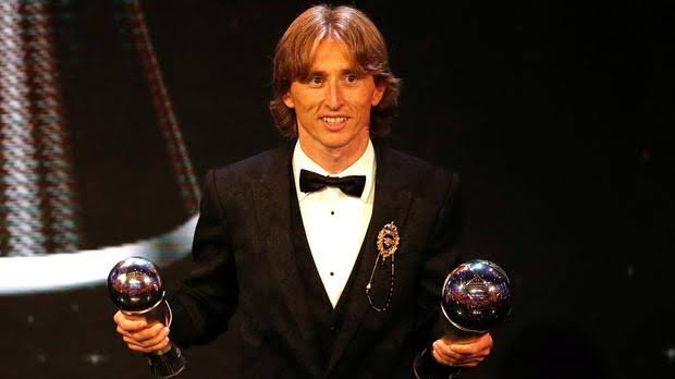 Photo of Modric blasts Ronaldo and Messi for ballon d'or no show
