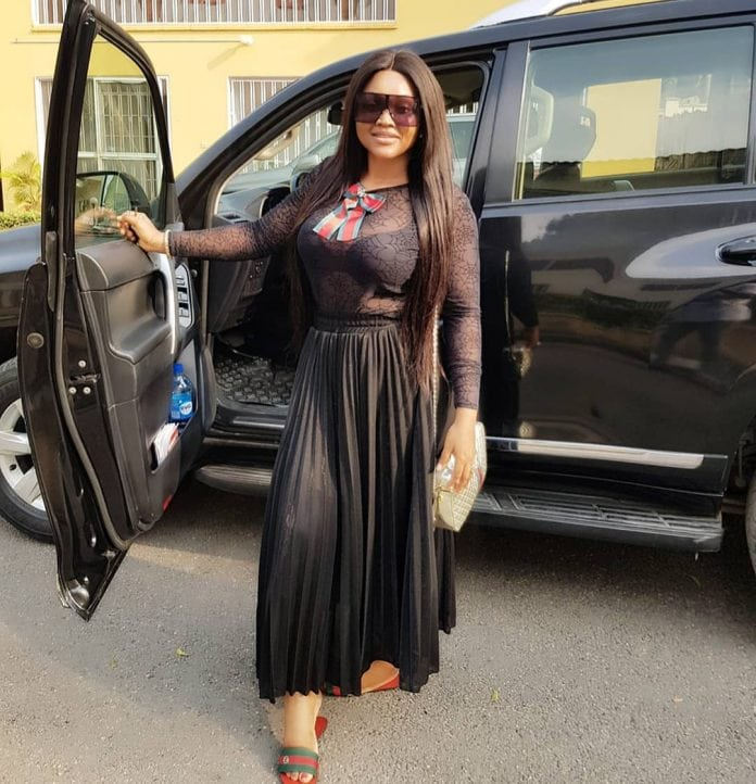 Photo of Actress Mercy Aigbe in trouble after 'buying' herself a Toyota Prado