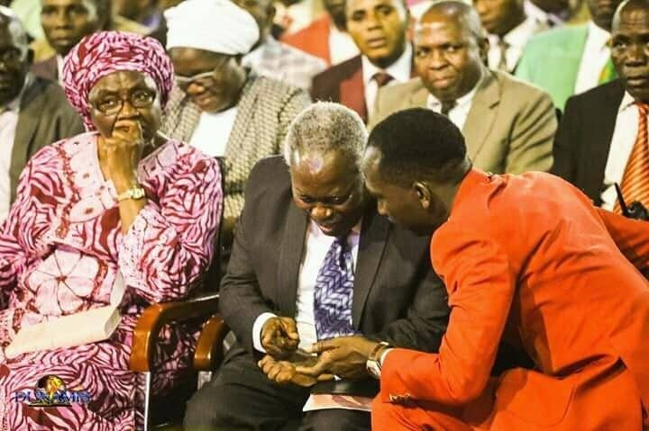 Photo of Facebook user recounts what happened when Pastor Kumuyi attended Dunamis' Glory Dome