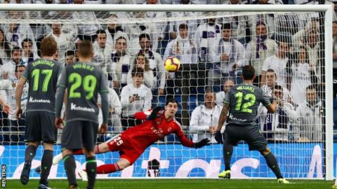 Photo of Laliga: Real Sociedad shock Real Madrid at Santiago Bernabeu