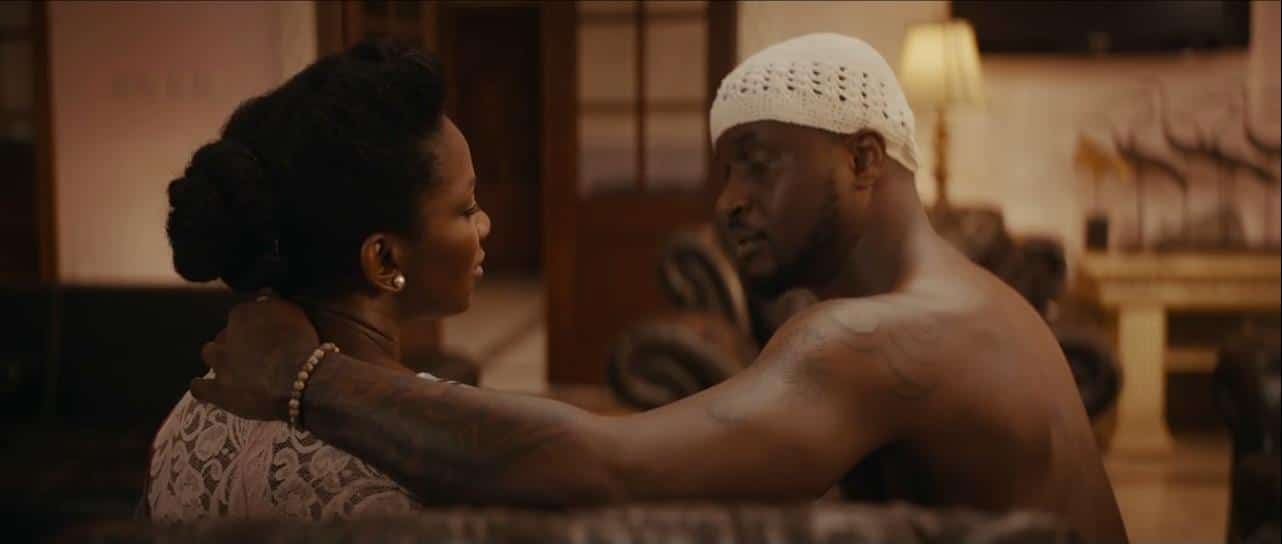 Photo of Watch the moment Genevieve Nnaji kissed Peter Okoye in Lionheart movie (Video)