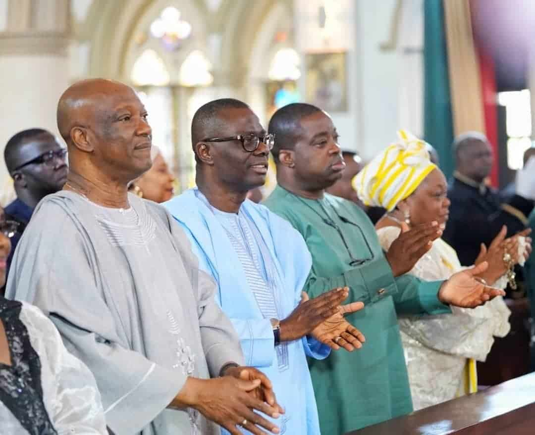 Photo of Checkout photos of Jimi Agbaje and Jide Sanwoolu worshiping together in church
