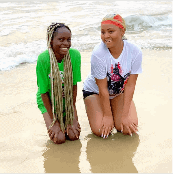 Photo of Regina Daniels and sister give some sister goals in new photos