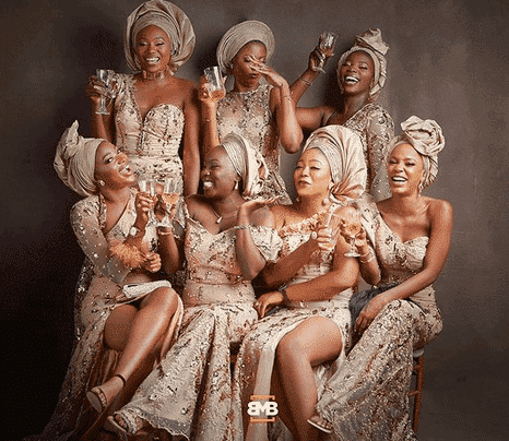 Photo of More photos of Simi and her asoebi girls at her traditional wedding