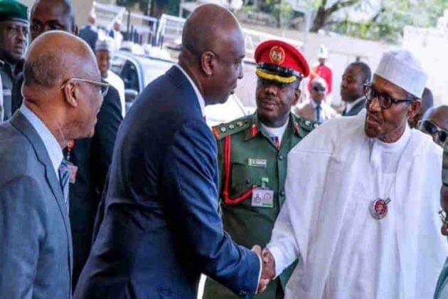 Photo of 2019 elections: Bukola Saraki mistakenly 'endorses' Buhari (Video)