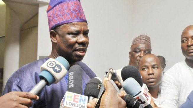 Photo of 2019 Election: Governor Amosun loses aide on election eve