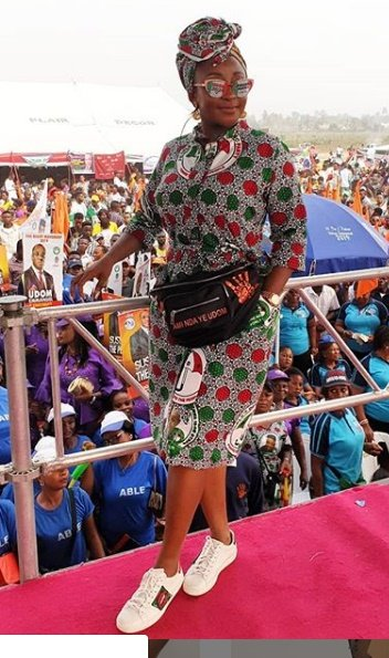 Photo of 2019 elections: Ini Edo declares support for PDP in style (Photos)