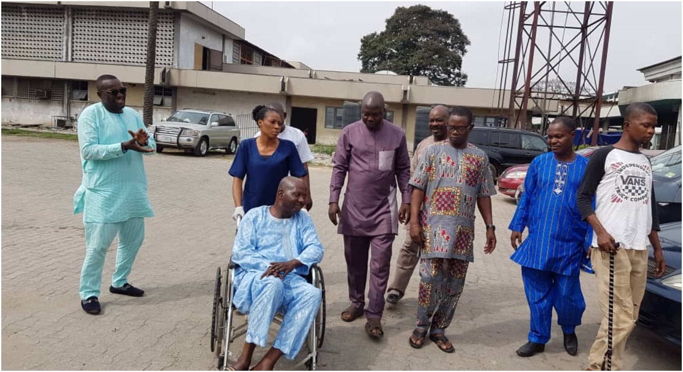 photos from visit to ailing Baba Suwe