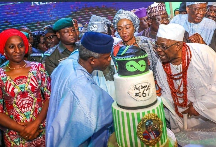 Photo of Bola Tinubu cuts his 67th birthday cake with his wife, others (photos)