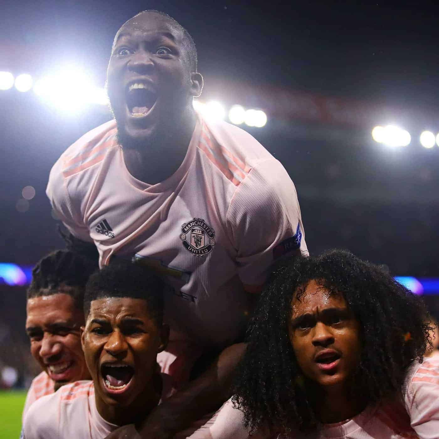 Photo of Photos of how Manchester United celerbated their 3-1 win over PSG