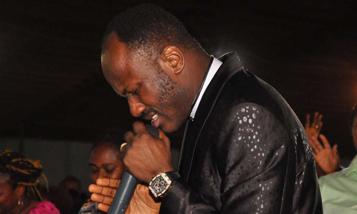 Photo of Apostle Suleman advises ladies on what to do when their man beats them