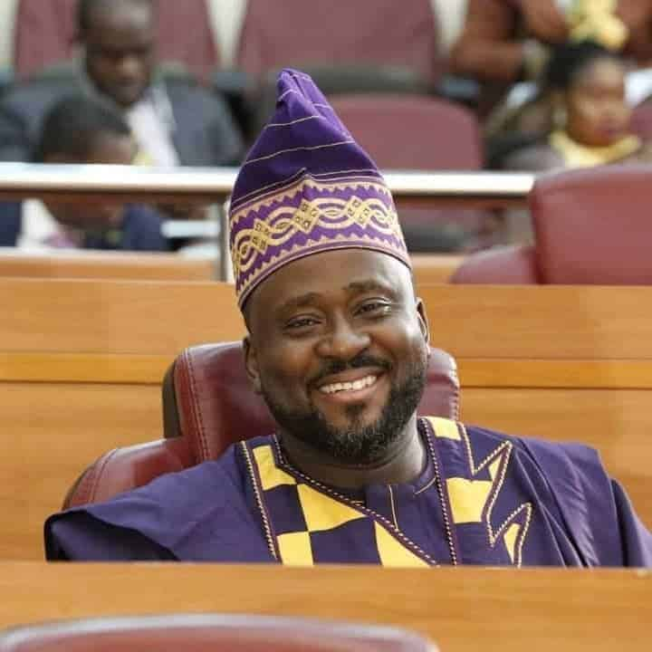 Photo of BREAKING: Desmond Elliot re-elected