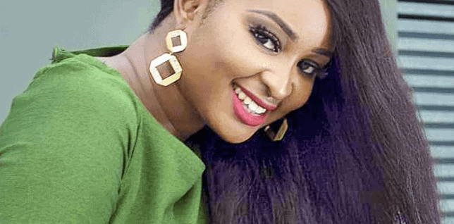Photo of Etinosa Idemudia reacts to her parents disowning her over Bible as Ashtray stunt