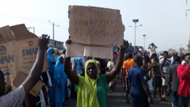 Photo of Kaduna State residents protest against frequent kidnapping