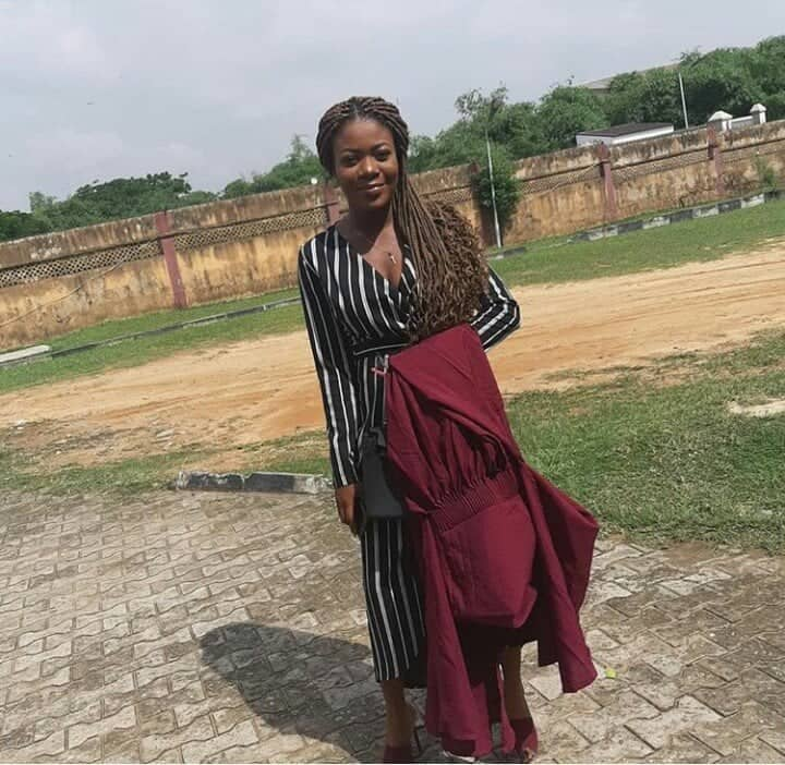 Photo of After 2 WAEC, 1 NECO, 5 JAMB attempts, Nigerian Lady Finally Gains Admission Into University