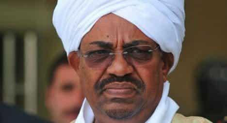 Photo of Omar Al-Bashir resigns as Sudanese president