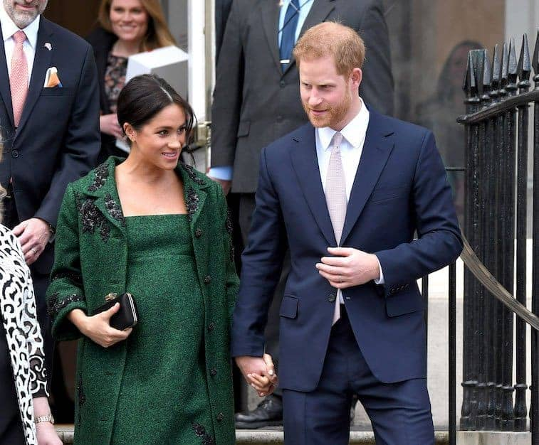 Photo of Prince Harry, Meghan insist on keeping baby's birth 'private' against tradition (photos)