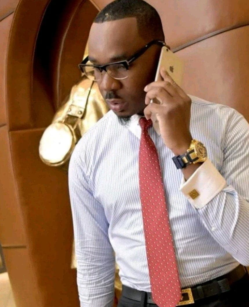 Photo of AY Comedian has a black book of names of chairmen he begs from – Pretty Mike