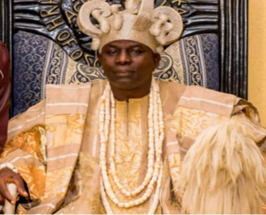 Photo of Traditional rulers and not Tinubu opposed Ambode's second term bid- Oba Durosimi