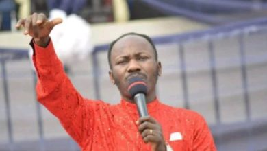 Photo of Nigerians react as Apostle Johnson Suleman declares war on bloggers