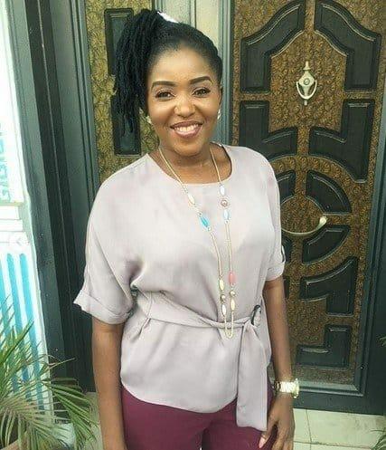Photo of Actress Abiola Adebayo involved in Auto Accident (Photos)