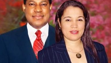Photo of Pastor Chris Oyakhilome's ex-wife hints on why their marriage crashed