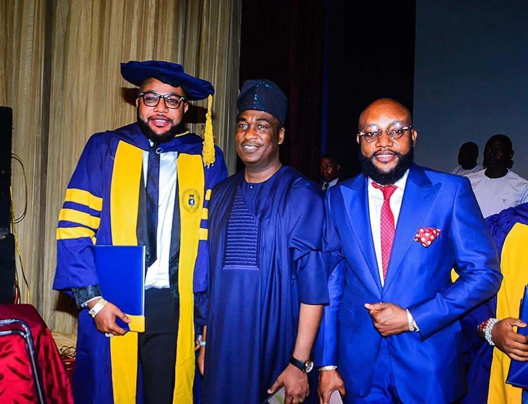 Photo of E-Money bags Honorary Doctorate degree in Business Management