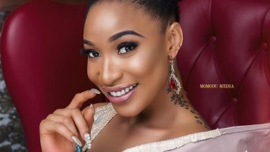 Photo of Fans reacts as Tonto Dikeh dances with her cosmetic surgery body (VIDEO)