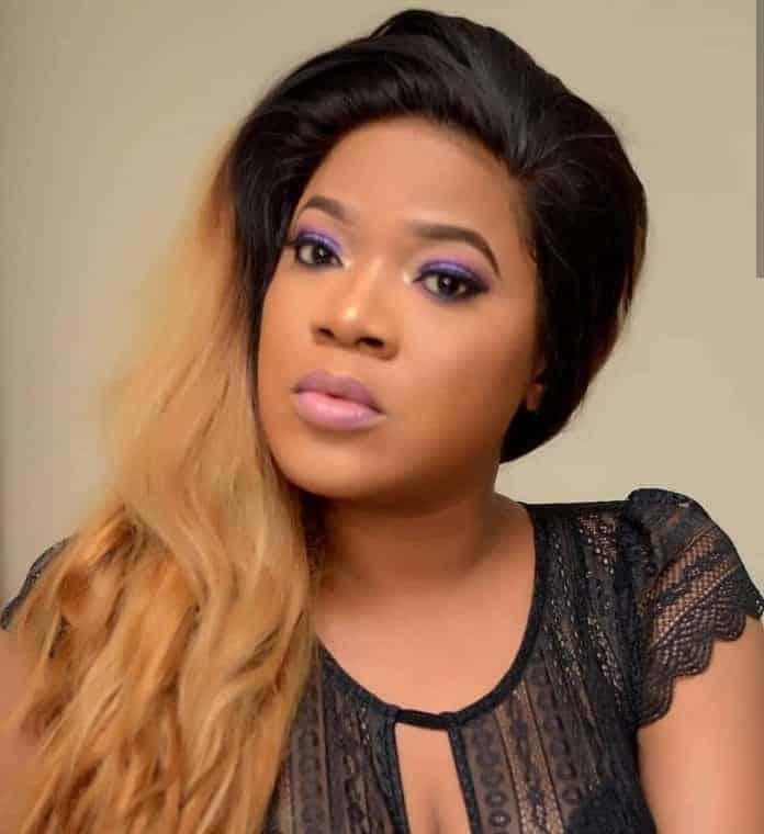 Photo of Toyin Abraham tells Nigerian government what to do over xenophobic attacks