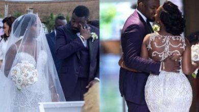 Photo of John Dumelo accused by fans for faking tears at his wedding