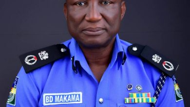 Photo of Man, 52, arrested for attempting to dupe Police Commissioner