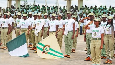 Photo of NYSC tells corps members how to escape future frustrations