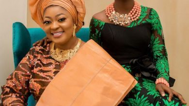 Photo of Actress Omobutty shows off #MotherDaughter goals in lovely Aso Oke