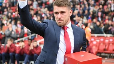 Photo of Aaron Ramsey in tears as he bids Arsenal farewell