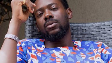 "Photo of ""You're f*cking Simi""…Adekunle yells as he serves wife some lessons"