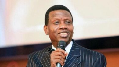 Photo of RCCG's Pastor Adeboye donates N10 million to UI