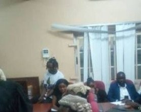 Photo of How Naira Marley's mum broke down in tears at court