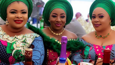 Photo of Mide Martins, Mercy Aigbe, Faithia Balogun, others storm Omobutty's mum's burial (photos)