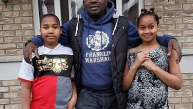 Photo of Yomi Fabiyi visits Aishat Abimbola's two kids in Canada ( photos)