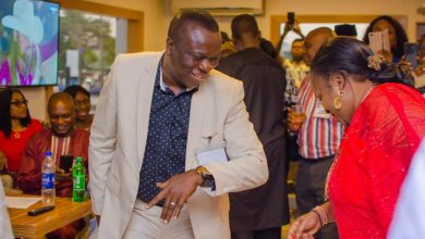 Photo of Nigerian man who waited for 35 years to dance with his crush narrates his story