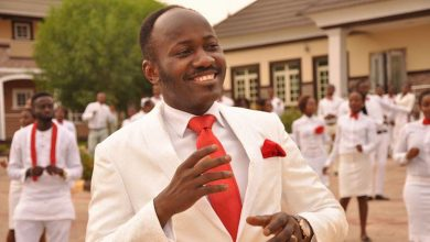 Photo of Apostle Suleman shares his experience with a fraudster who gave him millions as gift – Nigerians react